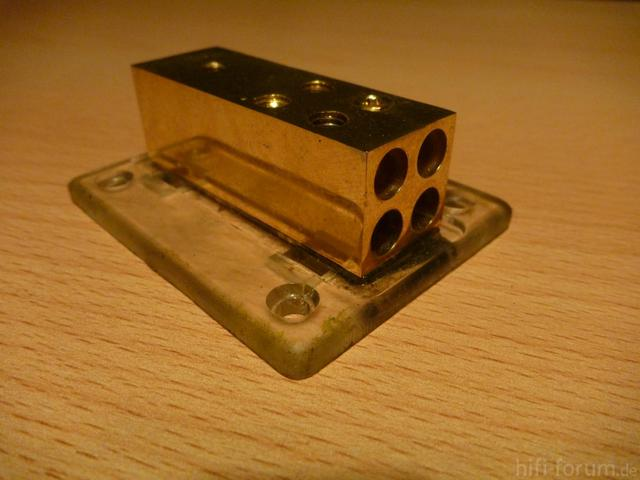 Stromverteilerblock 2