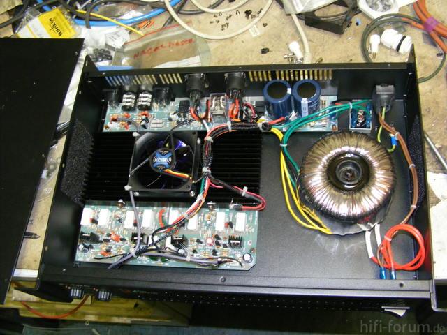 The T. Amp E400 Innen