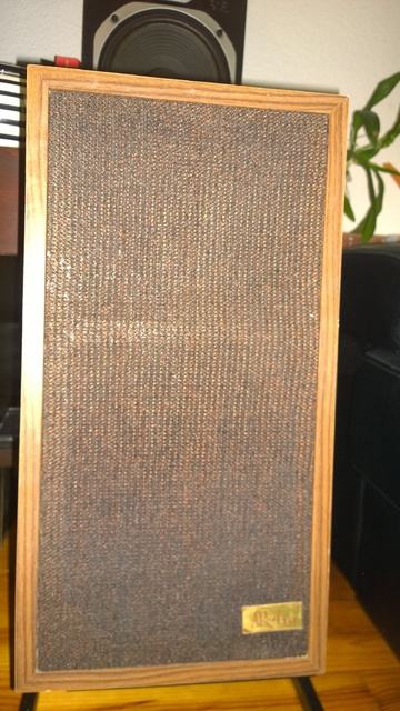 Acoustic Research AR-4xa With Cloth Woofers