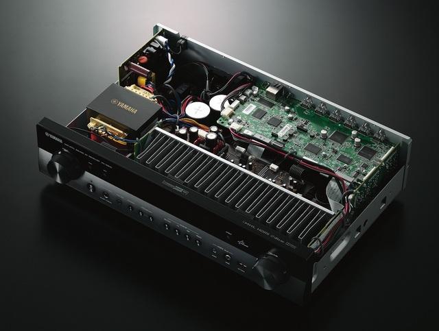 Yamaha-RX-S600_Intérieur