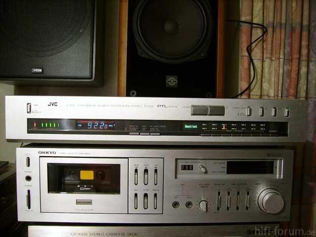 2011 04 12 JVC TX6L Tuner 01