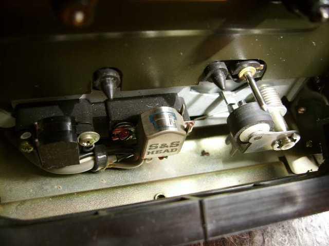 2011 05 06 Onkyo TA2040 Tapedeck 08