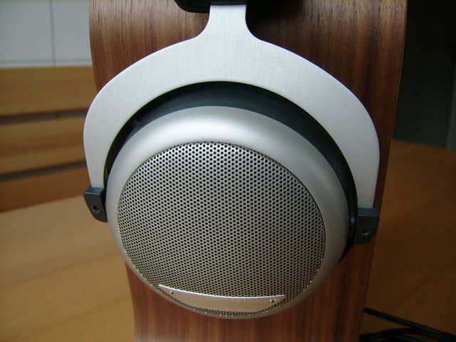 2013-06-27_Beyerdynamic_DT-880_Edition_02
