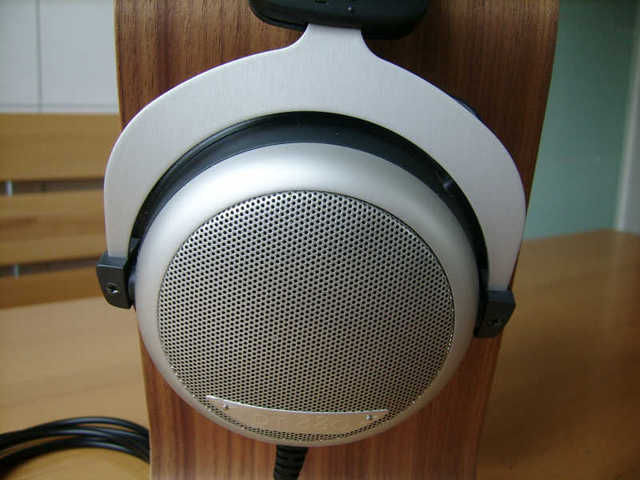 2013-06-27_Beyerdynamic_DT-880_Edition_03