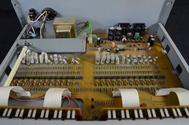 Pioneer SG9 004