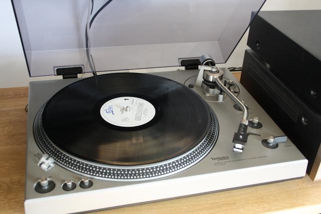 Technics SL-1300