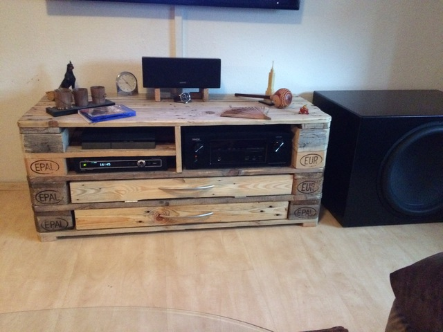 dayton um 18 in 130l geschlossen heimkino subwoofer hifi forum seite 2. Black Bedroom Furniture Sets. Home Design Ideas