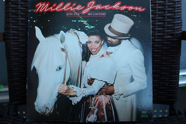 Millie Jackson - Just A Lil' Bit Country
