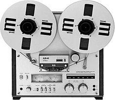 Akai GX-820