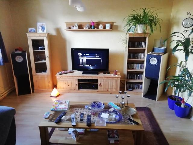Cobra Horn 2 Im Wohnzimmer 1