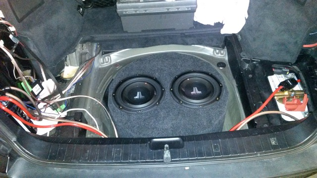 geh usetyp f r reserverad subwoofer im bmw e46 touring car hifi subwoofer geh use hifi forum. Black Bedroom Furniture Sets. Home Design Ideas