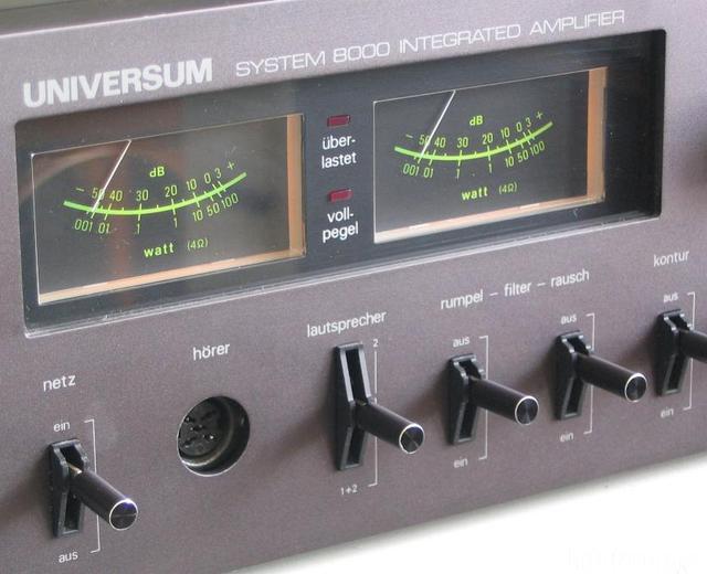 UNIVERSM V2686 - VU-Meter