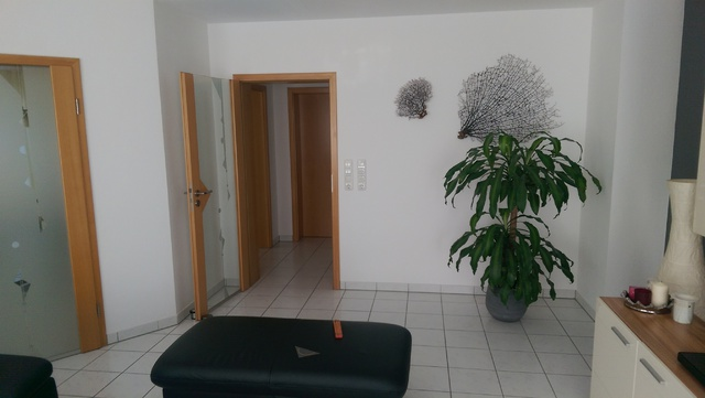 Wohnzimmer Richtung Flur