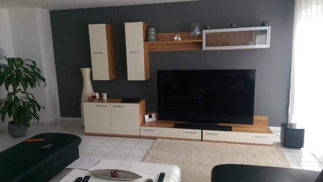 Wohnzimmerfront