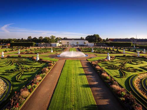 Großer Garten Mit Schloss Herrenhausen Alias 300x225px