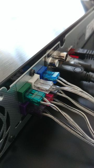 Boxen Kabel/Anschlüsse