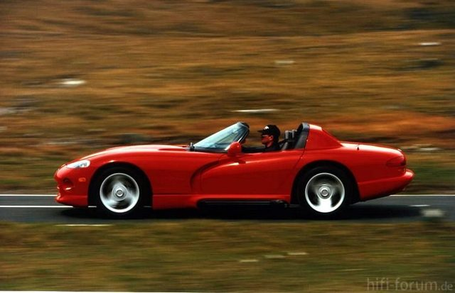 L Chrysler Viper RT 10 Side