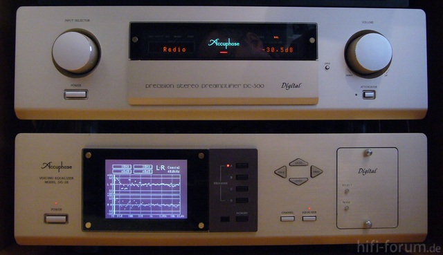 Accuphase DC-300 & DG-28