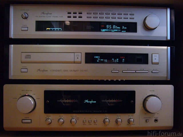 Accuphase T-108, DP-60 & E-213