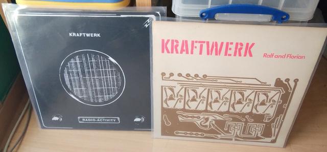 Ralf And Florian Und Radio-Aktivität Vinyl