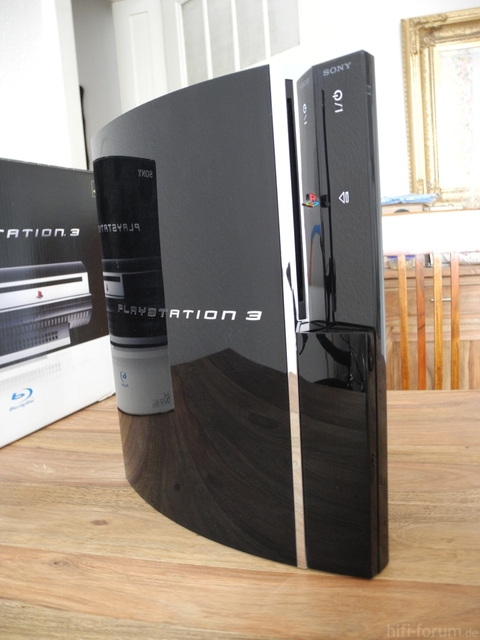 PS3 Im Detail Von Vorn