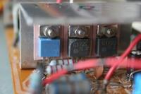 Reparatur des Hitachi HMA-8300 - Transistoren der zweiten Stufe des rechten Kanals