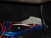 Kabelsalat unter Beifahrersitz