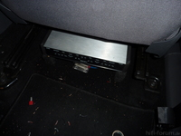 NXS unter Beifahrersitz
