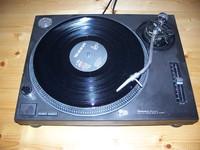 Technics_SL-1210MK2