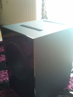 Unterseite nuBox 381 mit Klett