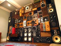 speakerwallboomcase2